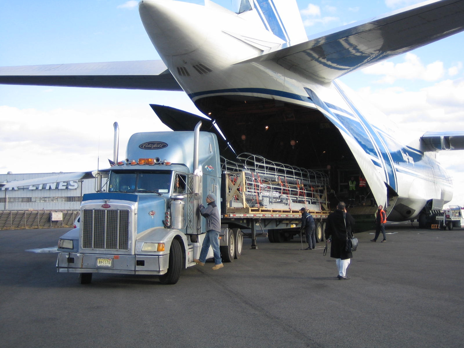 freight services in Dubai